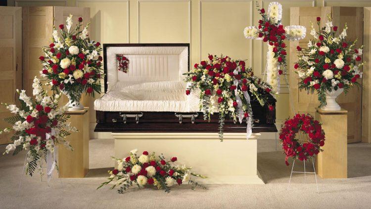 Simbolistica florilor la inmormantare
